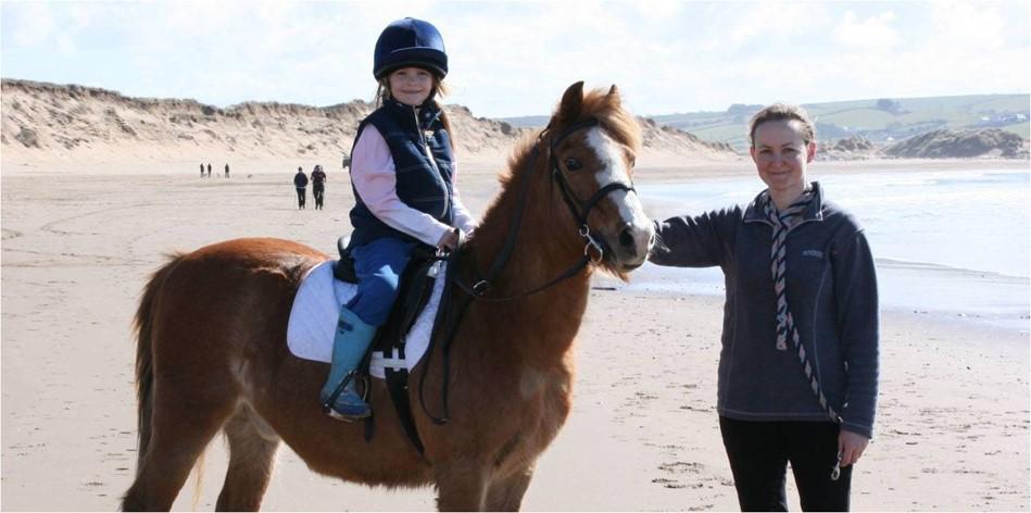 [Résumé] Le cheval diminue l'anxiété et l'hyperactivité des enfants atteints d'autisme – Gabriels Robin L. et al, 2015